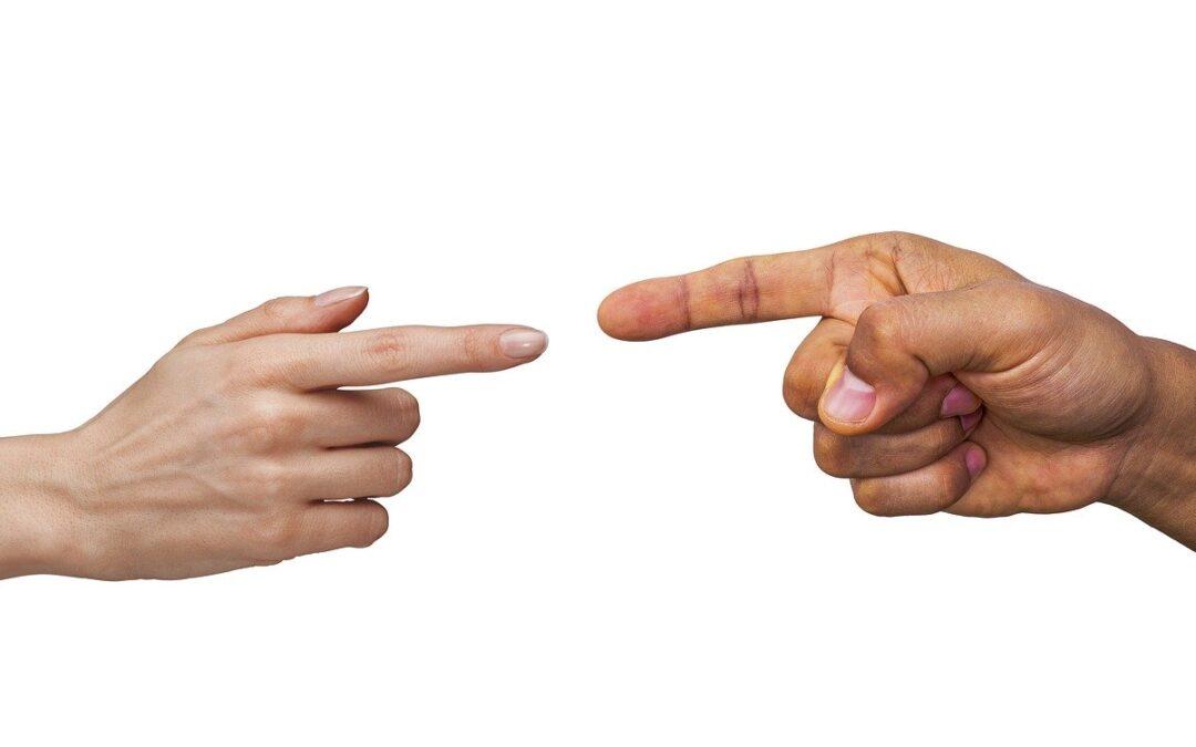 Dir que si per no discutir: resignació o saviesa?